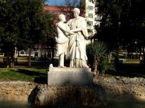 Napoli-villa comunale: la fontana del piede perduto
