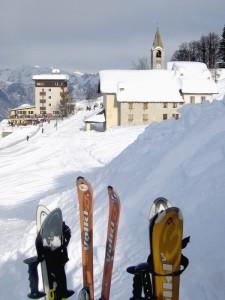 Una Chiesa tra gli sci