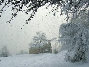 Chiesa di San Martino in valle (nevicata improvvisa)