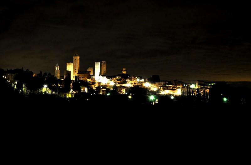 ''San Gimignano by night'' - San Gimignano
