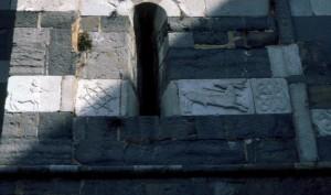 Particolare esterno della Chiesa di Santa Maria del Tiglio a Gravedona