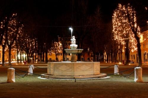 Brescia - la fontana di piazza tebaldo