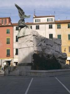 Fontana del centro un po rovinata dalla poca manutenzione