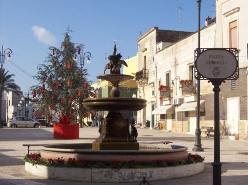 Veglie - Fontana in Piazza.