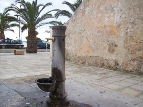 Porto Cesareo - Fontana fascista.