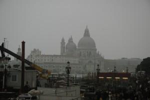 Venezia sa essere sempre grigia