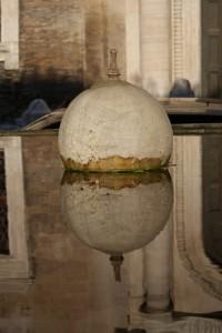 fontana - particolare