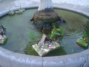 Fontana con presepe