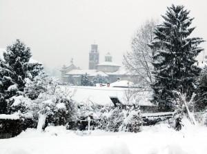 chiesa parrocchiale sotto la neve