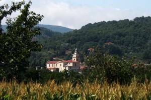 La Chiesa Matrice vista dalle campagne