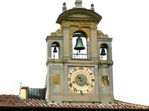 campane in piazza