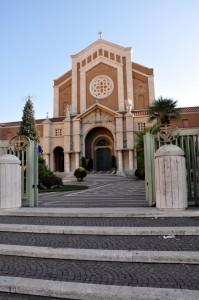 Santuario di Santa Maria Goretti entrata