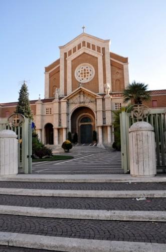 Nettuno - Santuario di Santa Maria Goretti entrata
