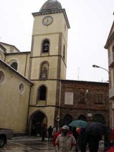 Mormanno. Piazza Umberto I. Campanile in tardo stile romanico.