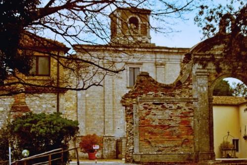 Sirolo - Facciata della Badia di San Pietro al Conero
