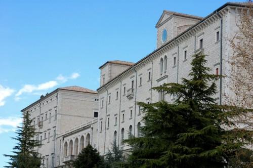 Cassino - Abbazia di Montecassino - Facciata dell' Abbazia