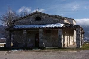 Al confine - Basilica di Santa Maria di Plestia (Colfiorito)