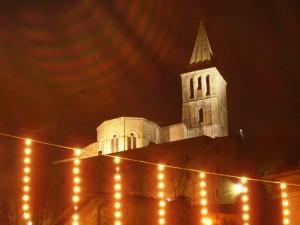 Tempio di S.Fortunato tra le ultime luci natalizie.
