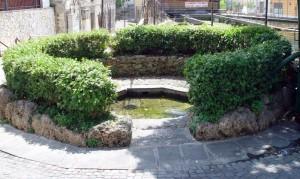 Fontana della grotta