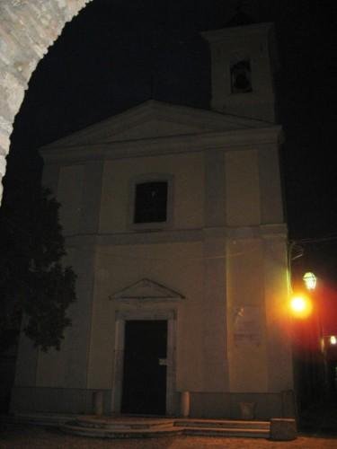Forano - finalmente S.Maria Assunta ,la luce sembra illuminare il cammino