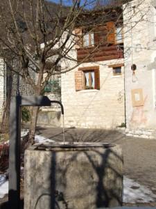 fontana dell'antico borgo di Stramare Segusino
