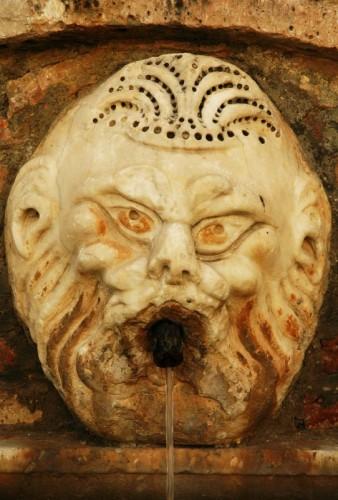 Collepardo - Sembra una maschera...