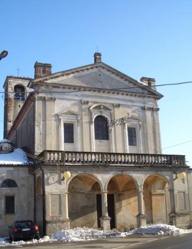 Sillavengo - Chiesa abbandonata a Sillavengo