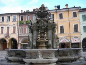 La fontana di piazza del popolo