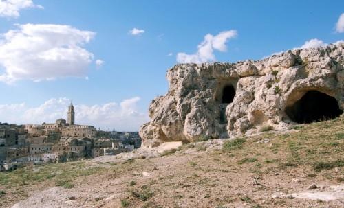 Matera - dalla preistoria al romanico-pugliese del Duomo