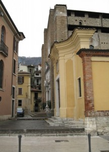 il Duomo e il vicolo