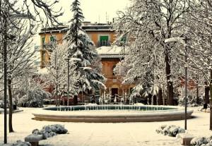 Fontana Giardini Diaz con la neve