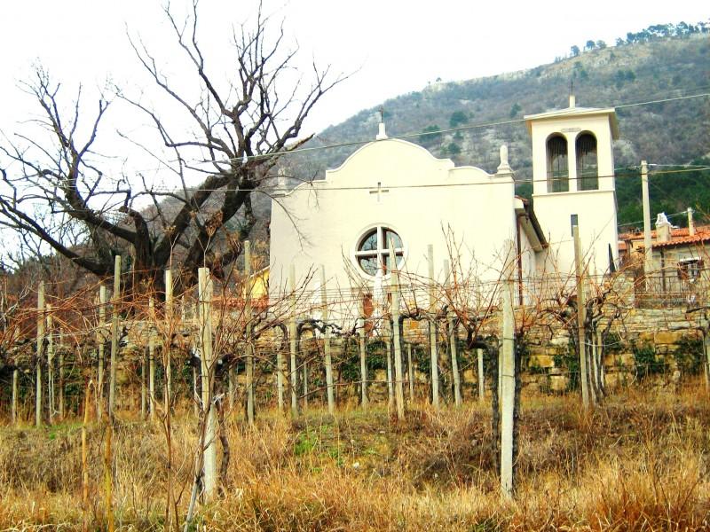 ''piccola chiesetta intravista'' - San Dorligo della Valle-Dolina