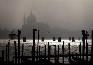 San Giorgio e nebbia