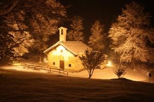 Chiesa di Luzzara sotto la neve