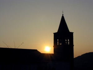 Chiesetta di Faedo al tramonto