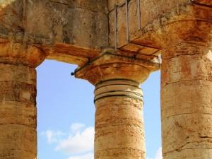 particolare del Tempio di Segesta
