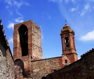 S.Agostino e Torre del Vescovo da Via del Barbacane
