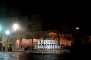 La fontana e la sua piazza