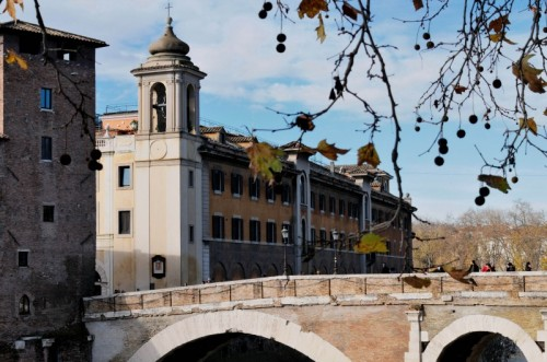 Roma - Campanile della Chiesa di S. Giovanni Calibita ed Ospedale Fatebenefratelli all'Isola Tiberina