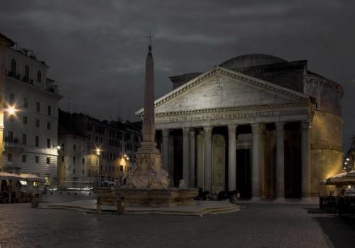 Roma - fontana del pantheon