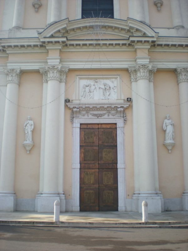 ''Chiesa parrocchiale di Santa Maria Assunta 2 – dettaglio portale'' - Pontoglio