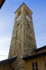 Forno Canavese - Il campanile della chiesa  dell'Assunta