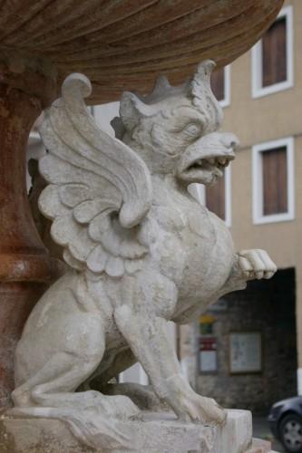 Cismon del Grappa - Dettaglio fontana in piazza