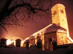 Ancora neve sulla Chiesa Vecchia di Macugnaga