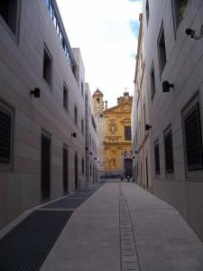 Laggiù, la Chiesa del Noviziato