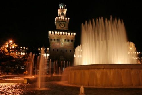 Milano - La Fontana e il Castello