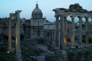 La Cattedrale fra i resti Romani