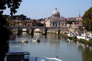 Il Tevere e San Pietro