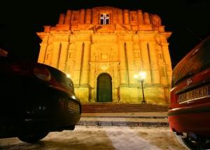 La chiesa di Santa Maria della Neve in notturno