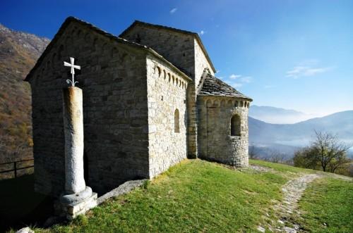 Civate - San Pietro, il Battistero